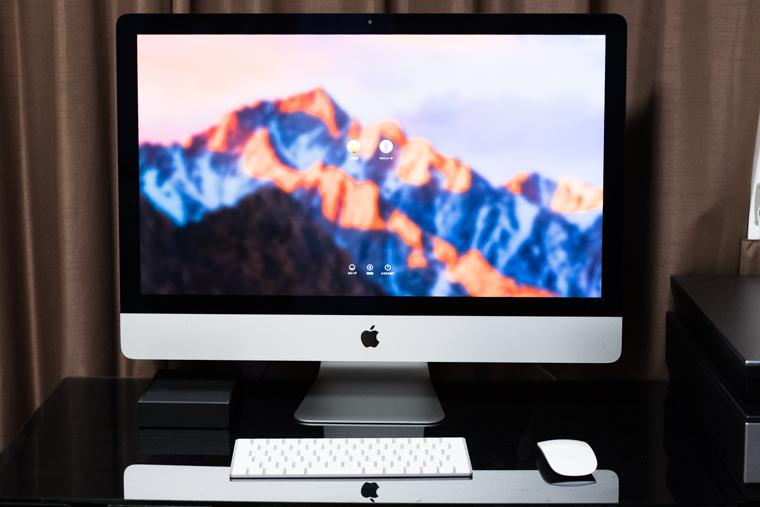 iMac 5Kディスプレイのデスクトップパソコン