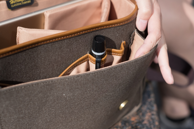 ヘリンボーン(Herringbone)のカメラバッグを使用