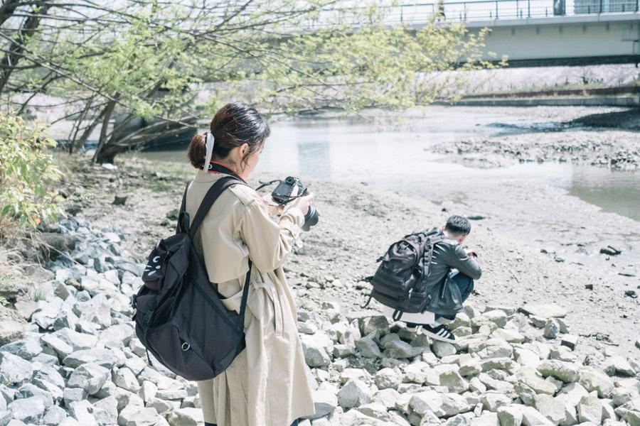 撮影するメンバー