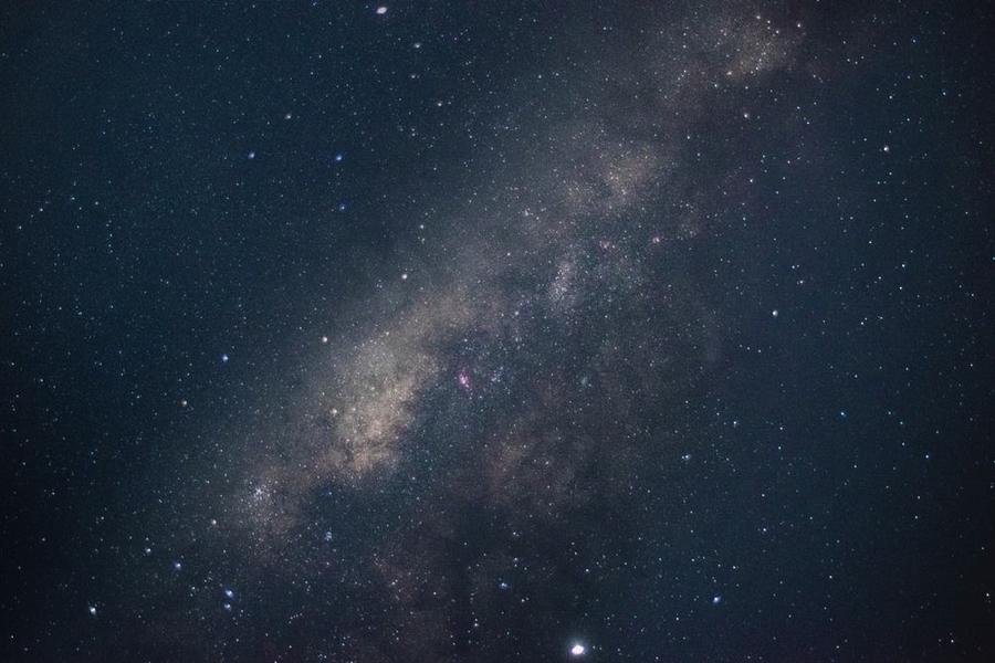 星空撮影に最適なカメラ・レンズは?撮影テクニックも紹介