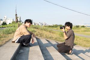 男性シンガーソングライター木下優真×写真家 小野友暉のミュージック撮影に密着!