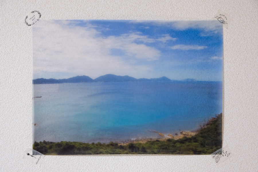 トレーシングペーパーに印刷した海の写真